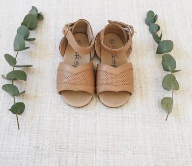 dasmes sandalen